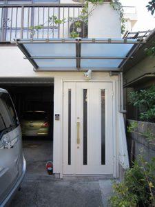 玄関庇取り付け2