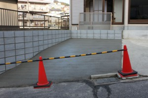 戸建てリフォーム 駐車場施工後